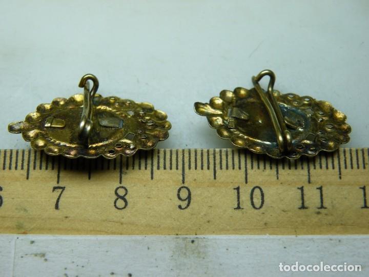Antigüedades: Pareja Medallas-Aguja-Devocionarias-Años 40 Sagrado Corazón Niño-Dolorosa 7 puña. (elcofredelabuelo) - Foto 6 - 267416109