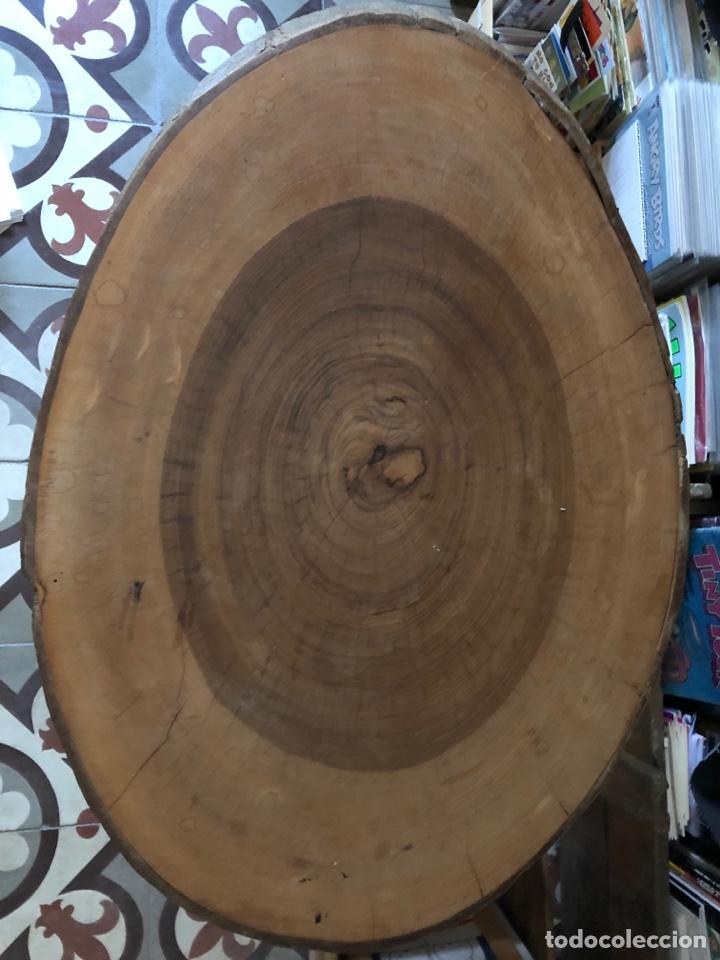 Antigüedades: Mesa auxiliar antigua de madera y hierro - Foto 2 - 267461329