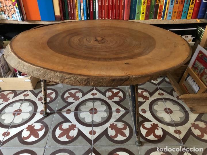 MESA AUXILIAR ANTIGUA DE MADERA Y HIERRO (Antigüedades - Muebles Antiguos - Auxiliares Antiguos)