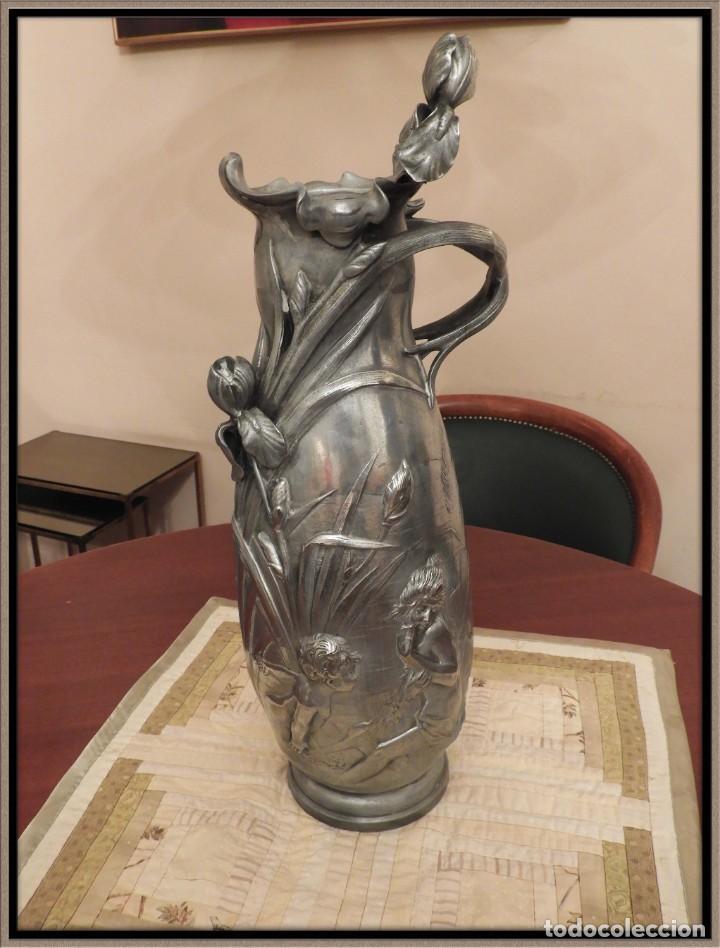 ANTIGUO JARRON DE ESTAÑO ART NOUVEAU FIRMADO POR ELSIE W HERING (Antigüedades - Hogar y Decoración - Jarrones Antiguos)