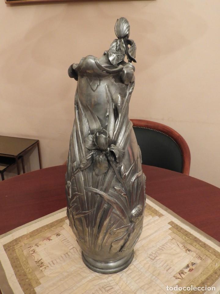 Antigüedades: ANTIGUO JARRON DE ESTAÑO ART NOUVEAU FIRMADO POR ELSIE W HERING - Foto 2 - 267489009