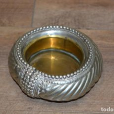 Antigüedades: VACIA BOLSILLOS ETNICO, BRONCE BANDEJITA. Lote 267511699