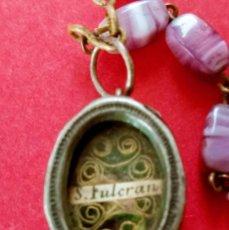 Antigüedades: ROSARIO, MEDALLAS Y RELICARIO DE SAN FULCRAN ANTIGUO.. Lote 267525049