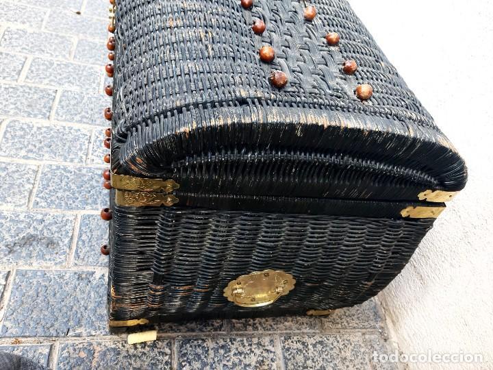 Antigüedades: Baul de mimbre - Foto 3 - 267528574