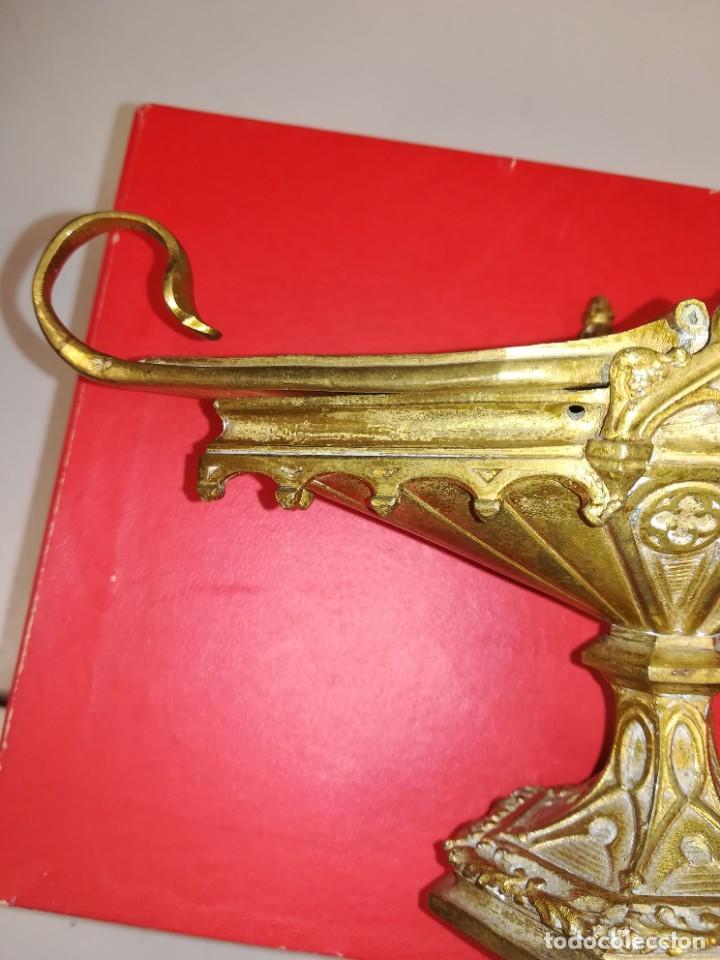 Antigüedades: PRECIOSA NAVETA NEOGOTICA CON CUCHARA. BRONCE DORADO. FINALES SIGLO XIX - Foto 13 - 267532394