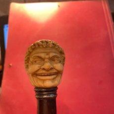 Antigüedades: ANTIGUO BASTÓN CABEZA DE PERSINAJE DE MARFIL PLATA Y CAÑA DE BRASIL ORIGINAL NO REPRODUCCIÓN. Lote 267629739