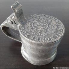 Antigüedades: ANTIGUA Y RARA JARRA DE ESTAÑO CON TAPA / DIÁMETRO BASE 8,5CM Y ALTURA MÁXIMA 10CM / COLECCIONISTAS. Lote 267651494