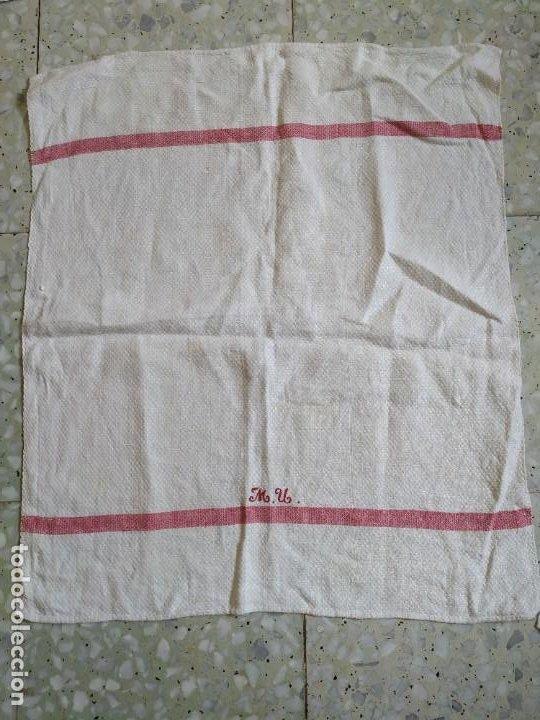 Antigüedades: Lote 4 antiguos paños de cocina toallas. Hilo. Iniciales bordadas. Diferentes tamaños - Foto 2 - 267757379