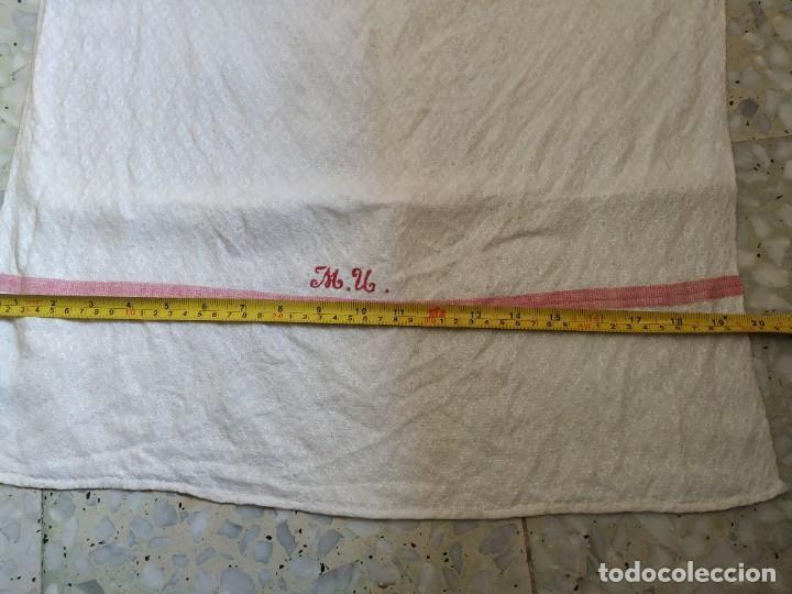 Antigüedades: Lote 4 antiguos paños de cocina toallas. Hilo. Iniciales bordadas. Diferentes tamaños - Foto 15 - 267757379