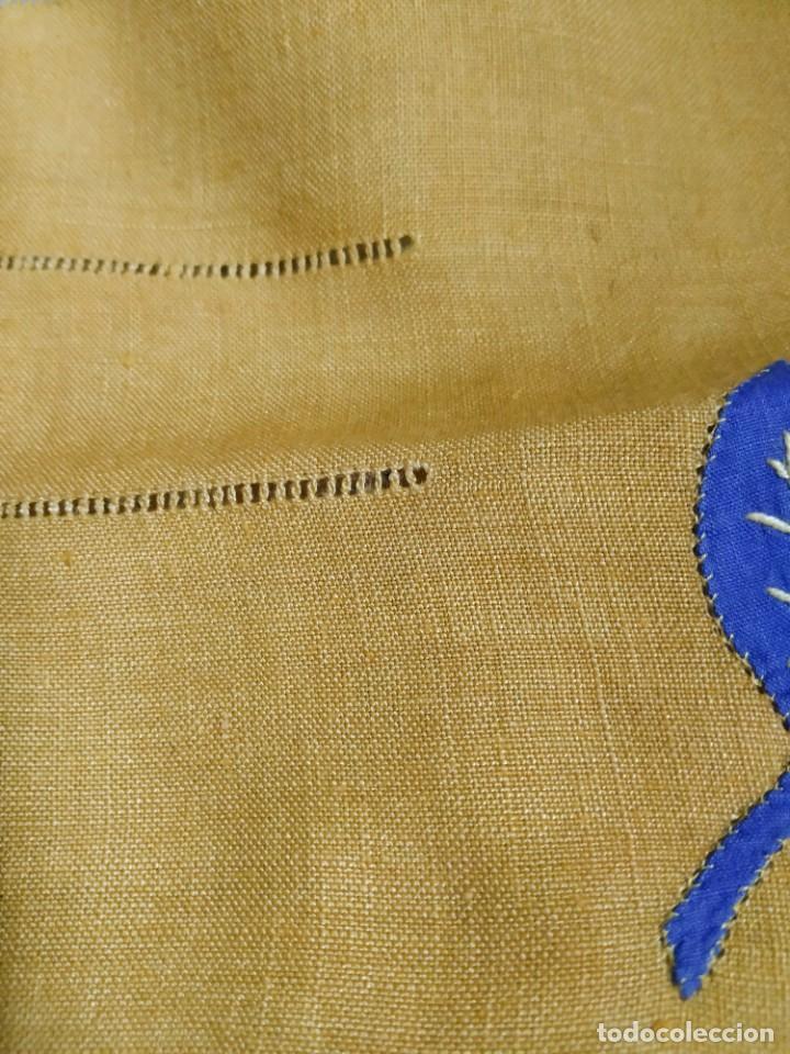 Antigüedades: Precioso mantel antiguo con vainicas y bordados. 6 servilletas. 110 x 108 cm. - Foto 5 - 267816249