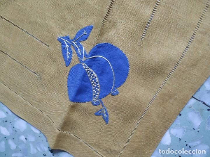 Antigüedades: Precioso mantel antiguo con vainicas y bordados. 6 servilletas. 110 x 108 cm. - Foto 6 - 267816249