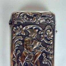 Antigüedades: CAJA DE CERILLAS. METAL REPUJADO Y CINCELADO A MANO. FRANCIA? XVIII-XIX.. Lote 48751718
