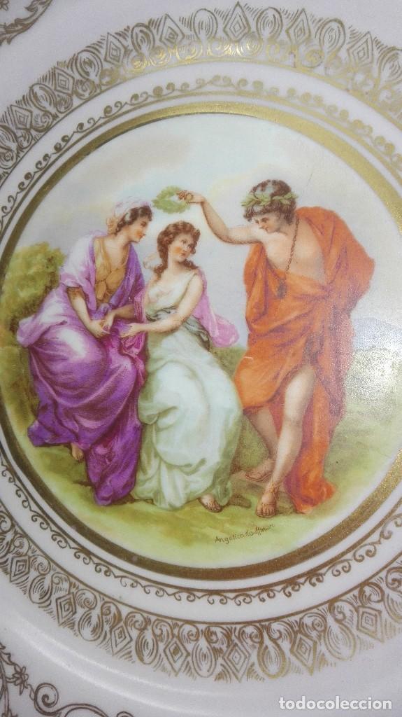 Antigüedades: PRECIOSA PAREJA DE PLATOS DE PORCELANA DE SANTA CLARA CON ESCENAS MITOLÓGICAS - Foto 3 - 267850399