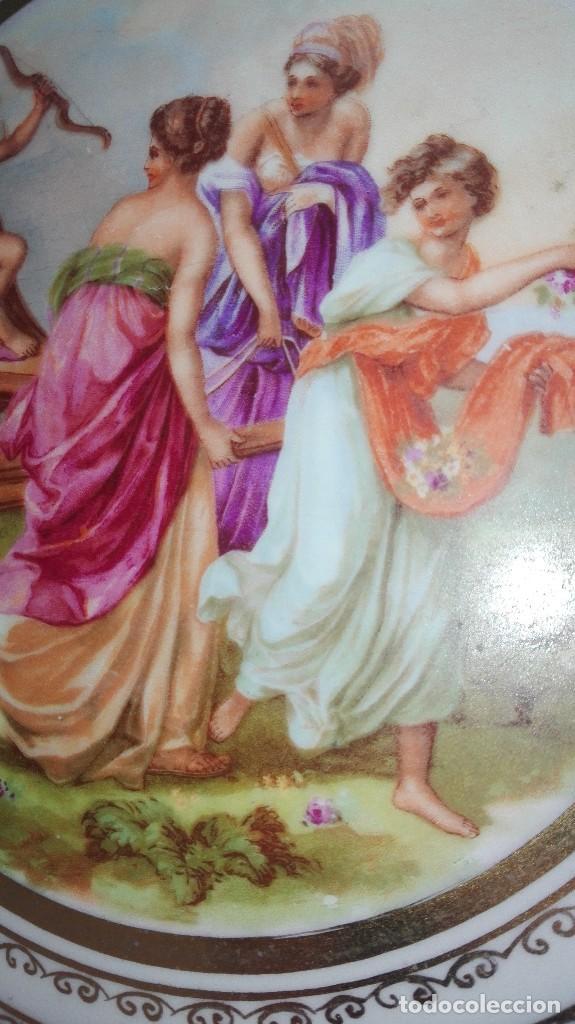 Antigüedades: PRECIOSA PAREJA DE PLATOS DE PORCELANA DE SANTA CLARA CON ESCENAS MITOLÓGICAS - Foto 11 - 267850399