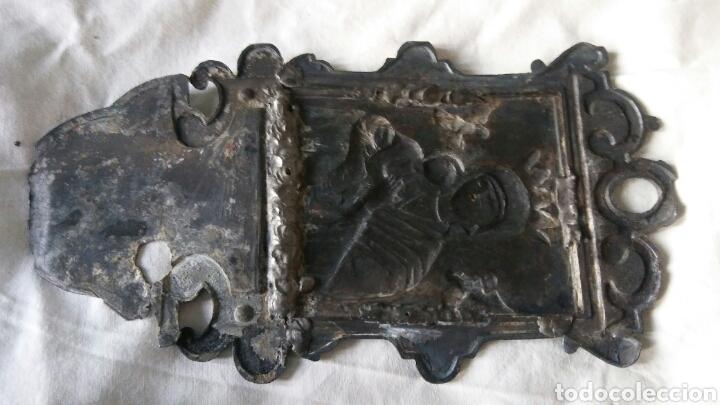 Antigüedades: Benditera antigua en estaño - para arreglar - Foto 4 - 267869099