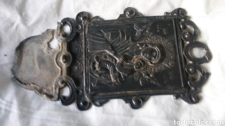 Antigüedades: Benditera antigua en estaño - para arreglar - Foto 5 - 267869099