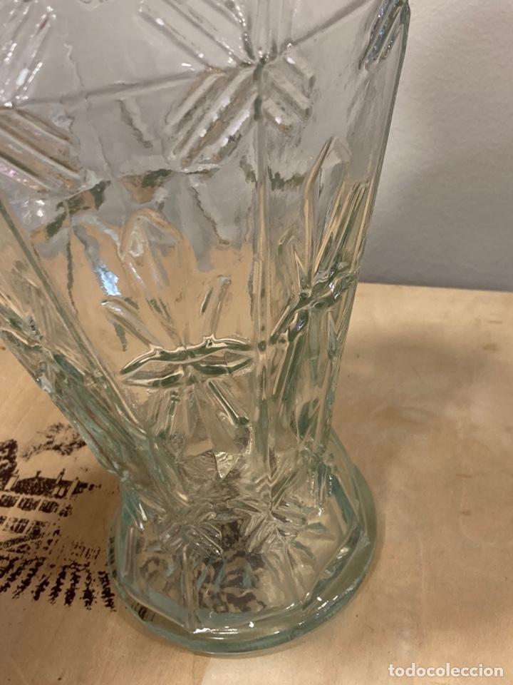 Antigüedades: Precioso bote antiguo de cristal de farmacia - Foto 6 - 267895669
