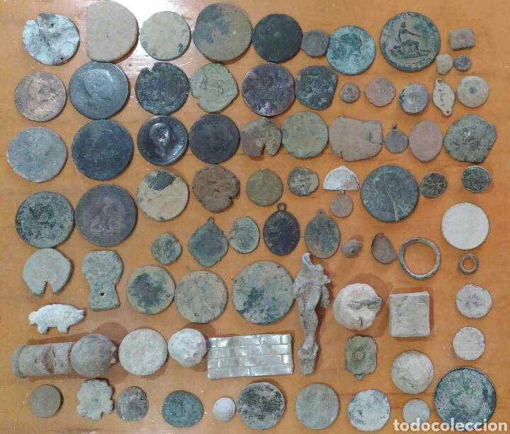 LOTE DE 80 PIEZAS ANTIGUAS (Antigüedades - Varios)