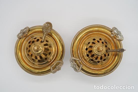 Antigüedades: DOS QUEMADORES INCENSARIOS BRONCE LATON - Foto 3 - 268039424