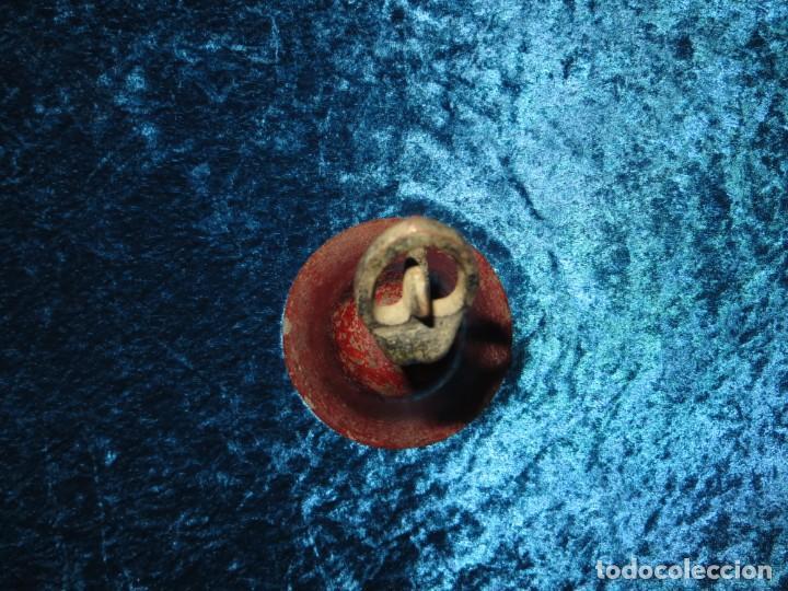 Antigüedades: Antigua campana antropomorfa roja cuerpo de mujer bailarina hierro diseño - Foto 29 - 268040089