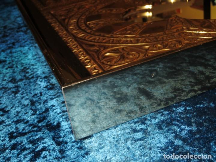 Antigüedades: Antiguo espejo árabe arcos trébol trilobulado dorado metal repujado Mezquita Córdoba - Foto 23 - 268040494