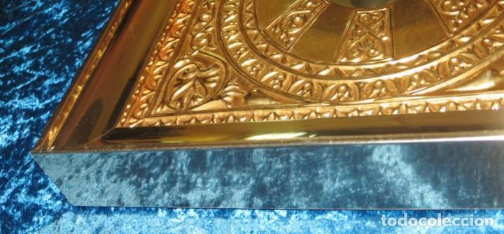 Antigüedades: Antiguo espejo árabe arcos trébol trilobulado dorado metal repujado Mezquita Córdoba - Foto 26 - 268040494