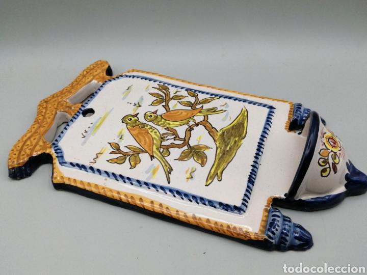 Antigüedades: Benditera cerámica esmaltada Toledo - Foto 3 - 268127224
