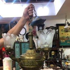 Antigüedades: FANTASTICA Y ANTIGUA LAMPARA ESTILO IMPERIO CON MEDIDA TOTAL 82X42CM. Lote 268131839