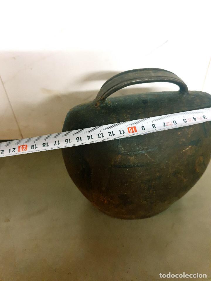 Antigüedades: ANTIGUO CENCERRO DE GANADERÍA GRAN TAMAÑO - Foto 8 - 200593438