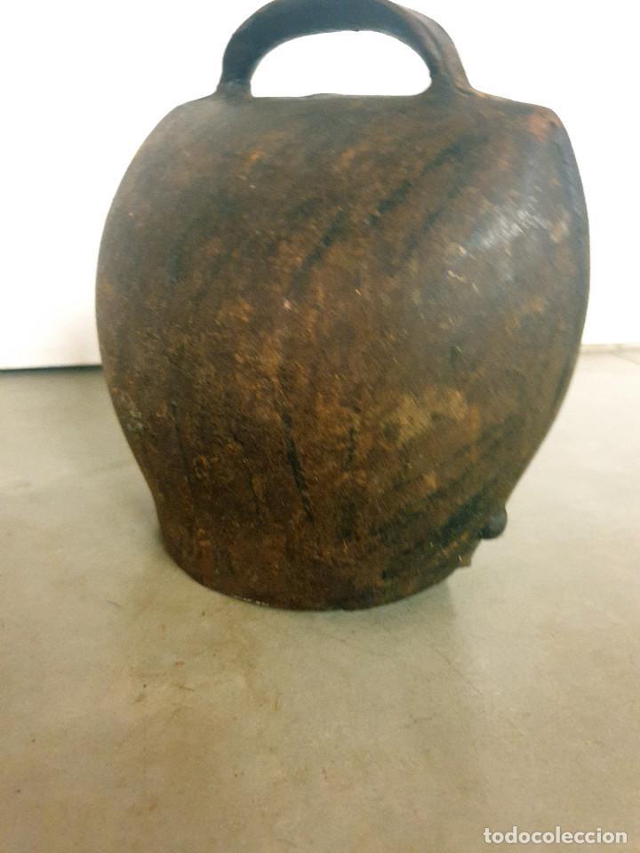 Antigüedades: ANTIGUO CENCERRO DE GANADERÍA GRAN TAMAÑO - Foto 17 - 200593438