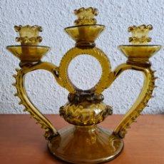 Antigüedades: CANDELABRO DE CRISTAL SOPLADO - DECORACIÓN - PALMATORIA. Lote 268252604