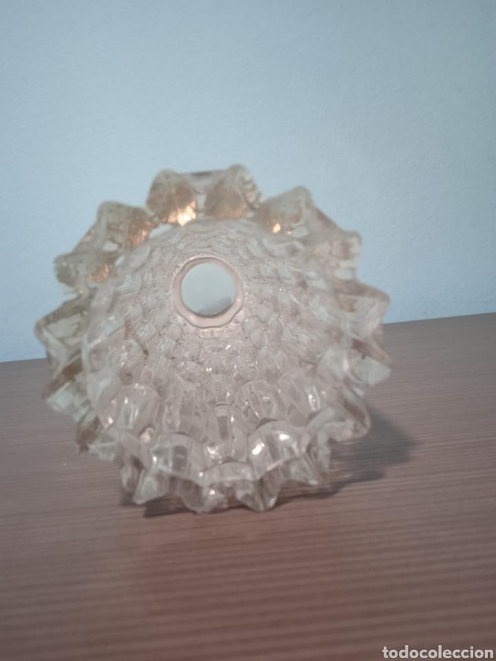Antigüedades: UN GRAN JARRON ANTIGUO DE CRISTAL TALLADO CON BASE DE PLATA - Foto 3 - 268471069