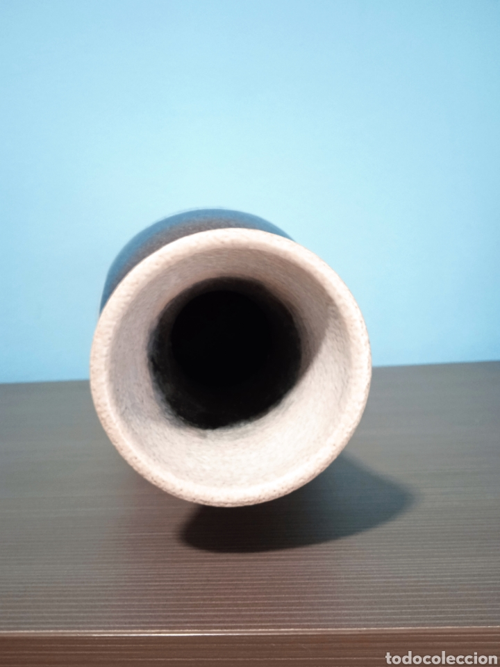 Antigüedades: Gran jarron de cerámica Serra con base de plata - Foto 10 - 268471379