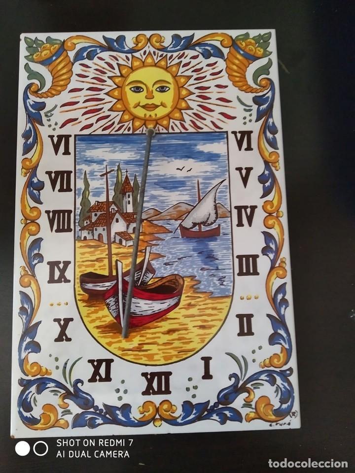 CLASICO RELOJ SOL AZULEJO CERAMICO ESMALTADO, PRECIOSA PIEZA COMPLETO CASA RURAL (Antigüedades - Porcelanas y Cerámicas - Azulejos)