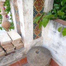 Antigüedades: PIEDRA ANTIGUA DE MOLINO. Lote 268784124