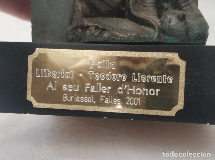 Antigüedades: Bonita figura Falla Llibertat - Teodoro Llorente al seu Faller dHonor Burjassot año 2001 - Foto 4 - 268814424