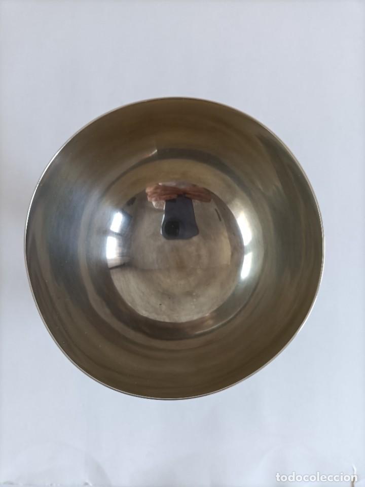 Antigüedades: Caliz en plata de ley , punzones Ramon Sunyer , Alt. 17 cms. - Foto 3 - 268821464