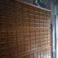 Antigüedades: MUEBLE CAJONES. Lote 268828409