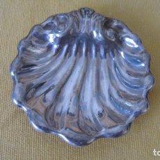 Antigüedades: PRECIOSO PLATILLO GALLONADO DE ALPACA PLATEADA. Lote 268865594
