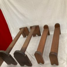 Antiquités: DOS PAREJAS DE SOPORTES DE BAUL ANTIGUOS!. Lote 268865609