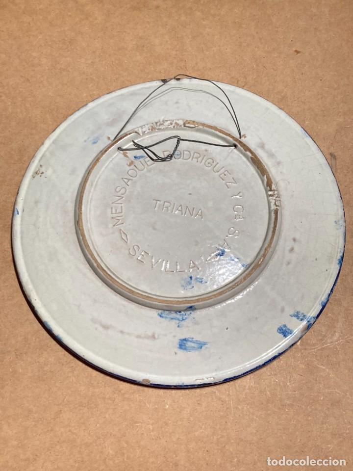 Antigüedades: Plato de Triana con motivo goyesco - Foto 6 - 268904119