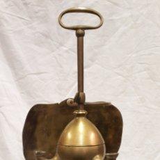 Antigüedades: ANTIGUA LÁMPARA DE ACEITE LUMINERA LLUMINERA CANDIL DE DOS BRAZOS MALLORCA. Lote 269010629