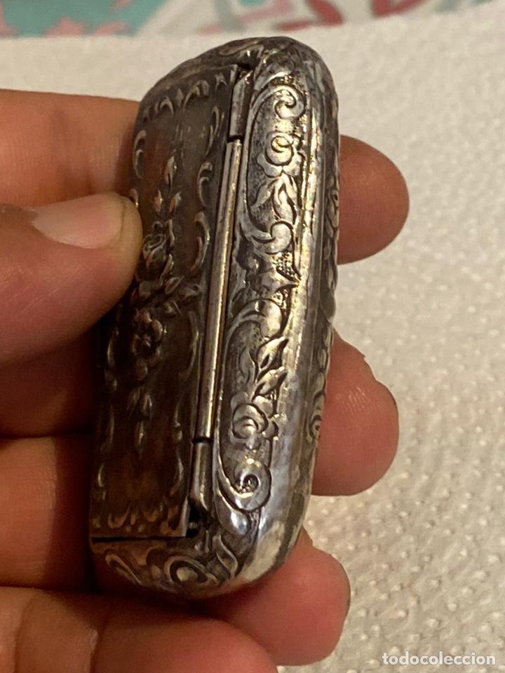 Antigüedades: Preciosa cajita ( joyero ) de plata antigua tallada . Siglo XVIII . Ver fotos - Foto 7 - 269013604