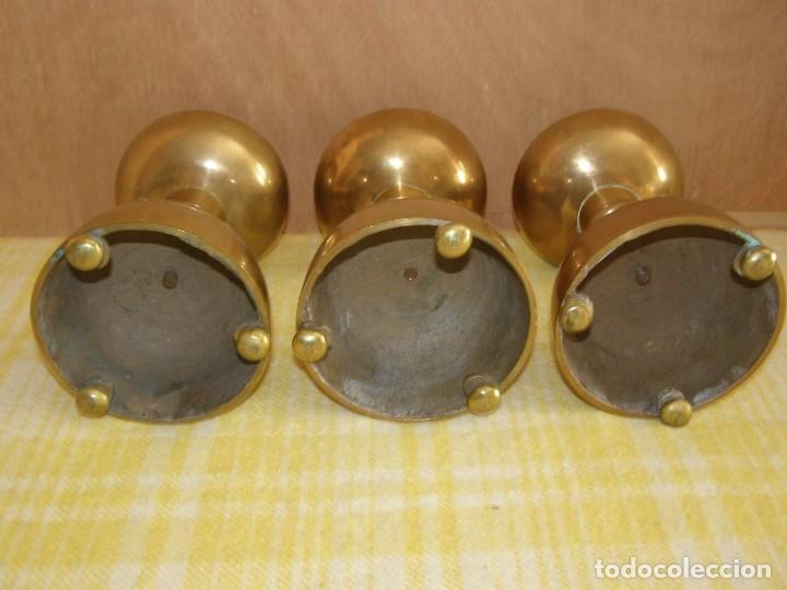Antigüedades: 3 anciens piques cierge en laiton massif hauteur 18cm - Foto 3 - 269058303