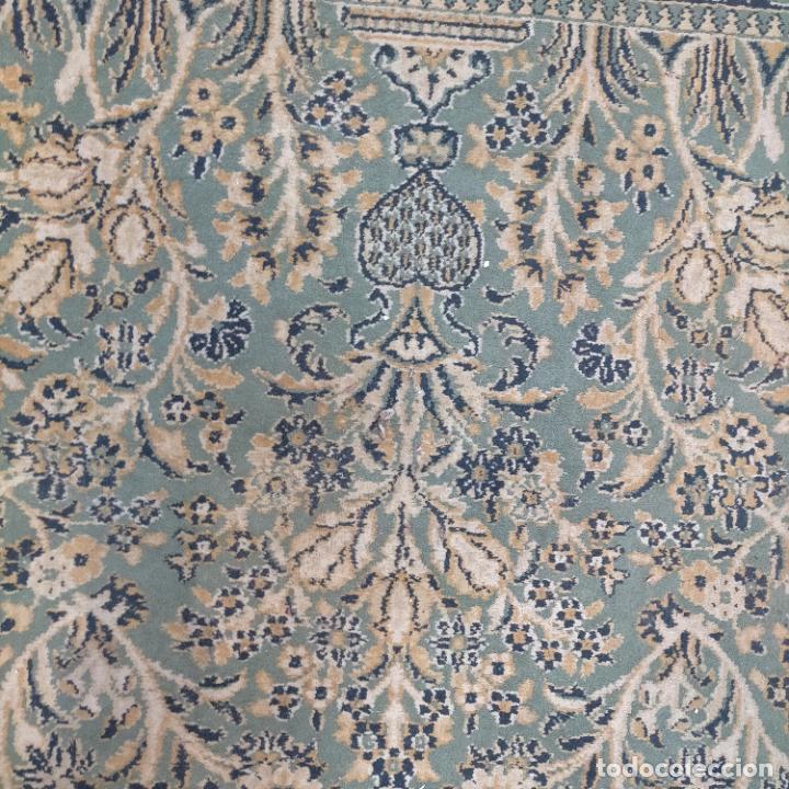 Antigüedades: gran alfombra 158 x 125 cm ideal capilla virgen besamanos cofradia semana santa altar - Foto 4 - 269071503