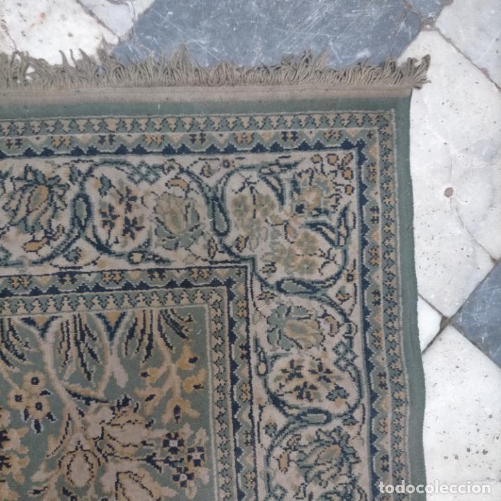 Antigüedades: gran alfombra 158 x 125 cm ideal capilla virgen besamanos cofradia semana santa altar - Foto 5 - 269071503