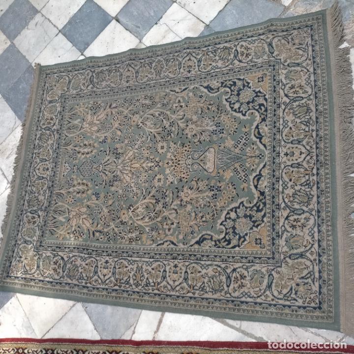 Antigüedades: gran alfombra 158 x 125 cm ideal capilla virgen besamanos cofradia semana santa altar - Foto 9 - 269071503