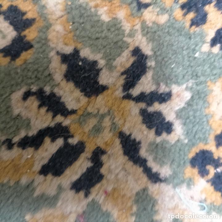 Antigüedades: gran alfombra 158 x 125 cm ideal capilla virgen besamanos cofradia semana santa altar - Foto 10 - 269071503