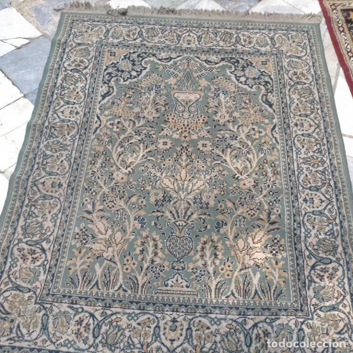 Antigüedades: gran alfombra 158 x 125 cm ideal capilla virgen besamanos cofradia semana santa altar - Foto 14 - 269071503