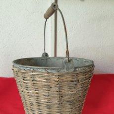 Antigüedades: ANTIGUO CUBO METAL. Lote 269091823